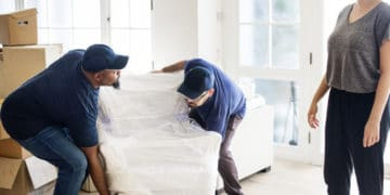 Movers and Packers